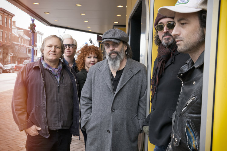 Steve Earle And Dukes